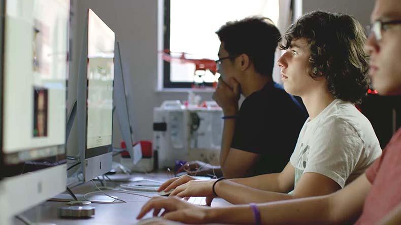 美國中學CATS Boston 暑期Summer Camp夏令營,提供科學營 SAT考試的專門課程